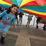 Refuerzo educativo y ocio para medio centenar de niños y niñas