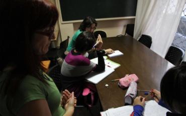La sede de Málaga Acoge en Fuengirola atiende a más de 400 personas durante 2012