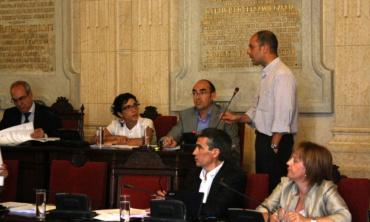 Málaga Acoge defiende una sanidad para todos en el Pleno del Ayuntamiento de Málaga