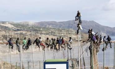 Andalucía Acoge, SOS Racismo, Prodein y APDH-A recurren el archivo del proceso por maltrato a una persona inmigrante en la valla de Melilla