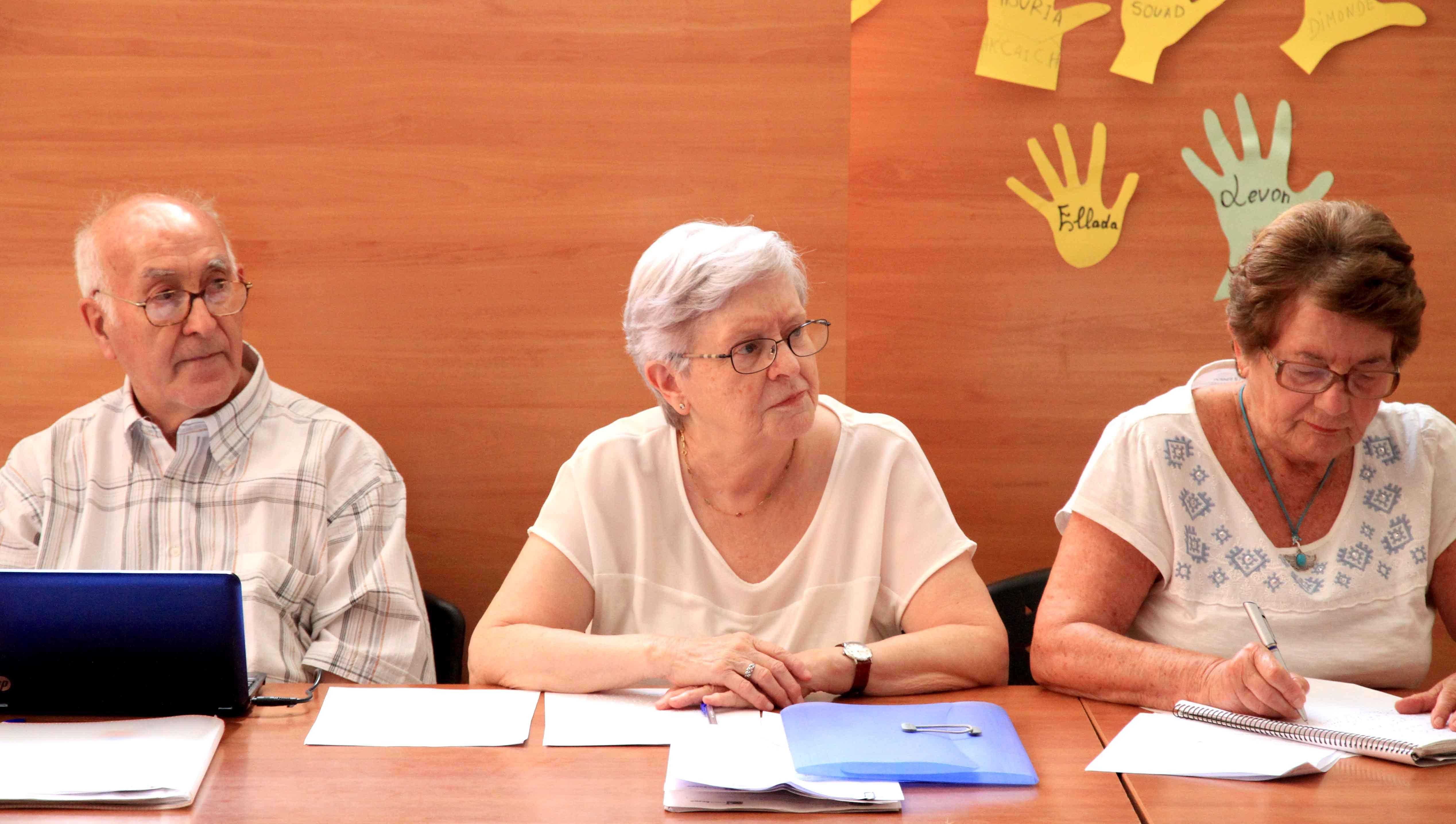 AsambleaMalagaAcogePeque