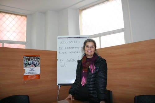 «Aprender a leer y escribir en español es un refuerzo social y humano importante para las mujeres migrantes»