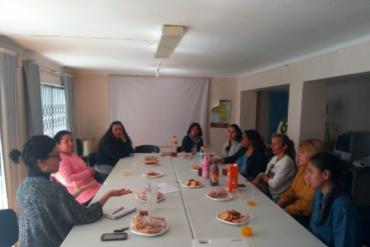 Mujeres comparten un «café con ciencia» en Antequera