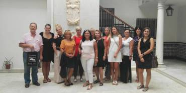 Trabajadoras del servicio estatal de empleo polaco, interesadas por nuestra labor