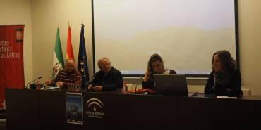 Reclamamos #VíasLegales y una #AcogidaDignaYa en la proyección de «Frontera Sur. Vías Marítimas»