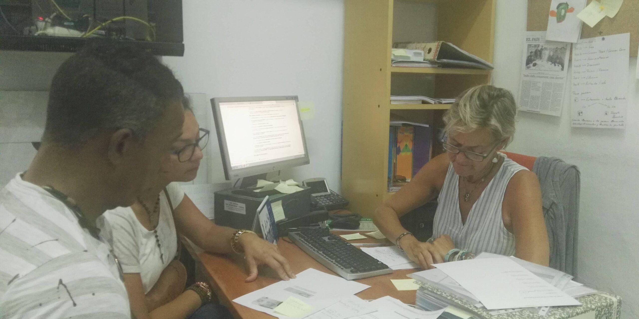El equipo jurídico atendió a 448 personas en los primeros seis meses del convenio con el Ayuntamiento de Málaga