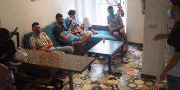 En asamblea con los jóvenes de la Casa Jose Antonio Rojo